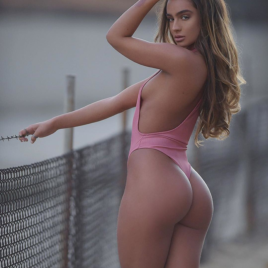 Sommer Ray's
